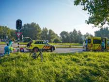 Fietser gewond bij botsing met auto in Arnhem
