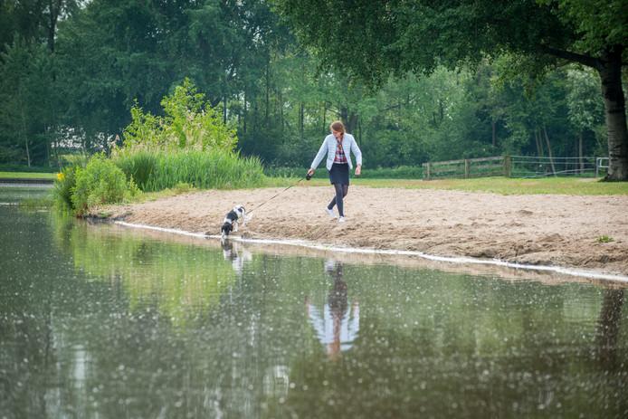 Natuur- en recreatiegebied De Slingelandse Plassen bij Goudriaan.