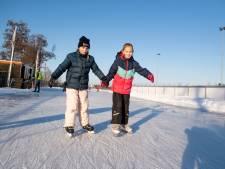 Genieten op het ijs dat wil toch iedereen, maar alleen in Rijssen voor iedereen