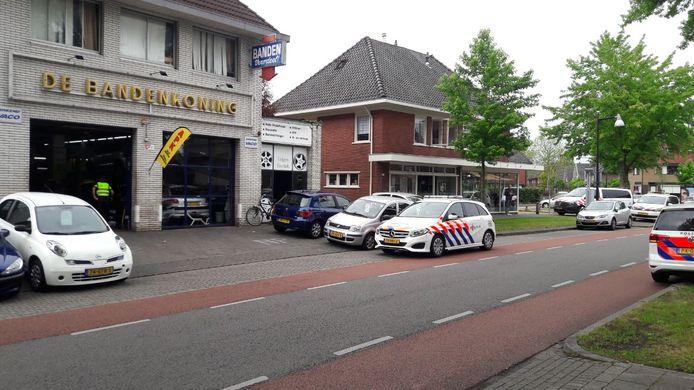 De Bandenkoning aan de Asselsestraat, waar de steekpartij zou hebben plaatsgevonden.
