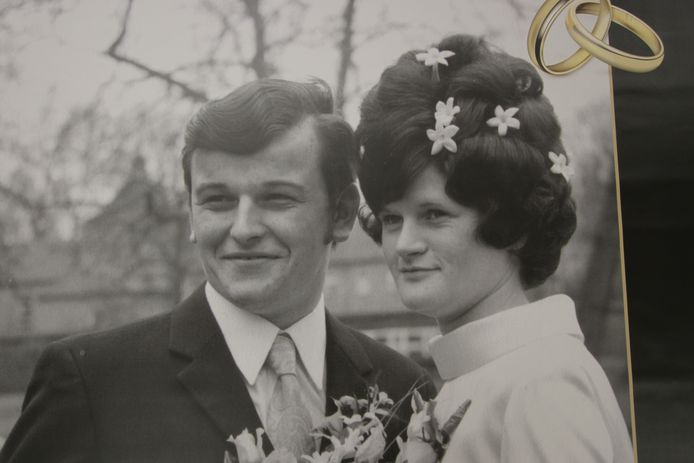 Veldhovens echtpaar Els en Jan van der Meeren-Feijen, vijftig jaar geleden.