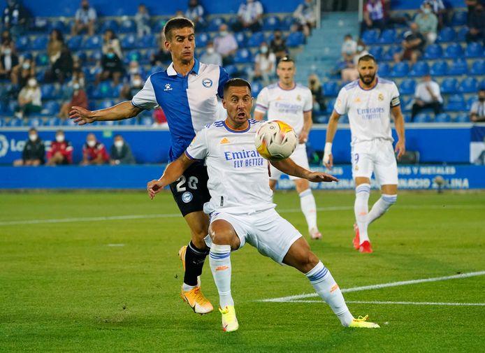 Eden Hazard kijkt morgen met Real Madrid Levante in de ogen.