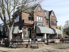 Niet alle cafés gaan woensdag open: 'Het is onverantwoord nu code zwart voor ziekenhuizen dreigt'