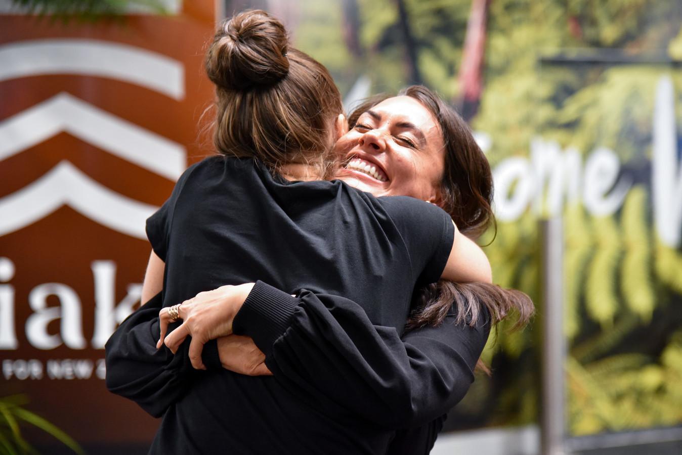 """L'ouverture de la """"bulle"""" de voyage entre l'Australie et la Nouvelle-Zélande permet à de nombreuses familles de se retrouver."""