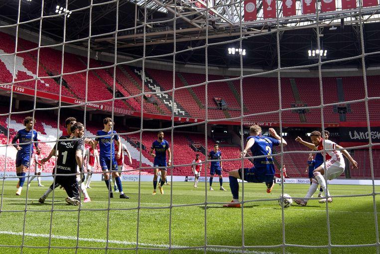 2021-05-13 14:39:06 AMSTERDAM - Devyne Rensch of Ajax scoort 1-0 tijdens de Nederlandse Eredivisie wedstrijd tussen Ajax en VVV-Venlo in de Johan Cruijff Arena op 13 mei 2021 in Amsterdam, Nederland. ANP OLAF KRAAK Beeld ANP