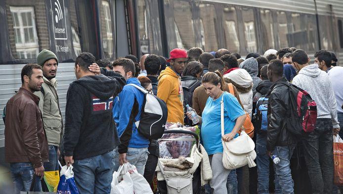 Vluchtelingen op het station van Padborg in Denemarken