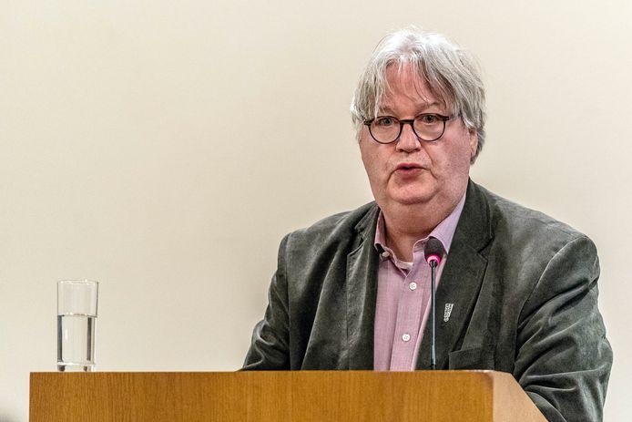 Ton Linssen voert betoog voor nieuwe gemeenteraadsverkiezingen