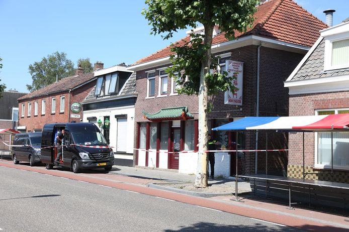 Twee jaar nadat de politie een hennepplantage in een voormalig restaurant aan de Ootmarsumsestraat aantrof, werd in hetzelfde pand een drugslab ontmanteld.
