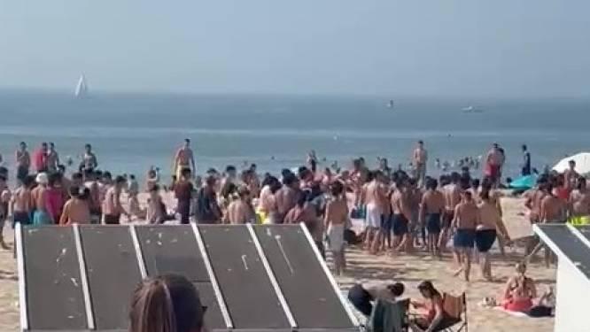 """Videobeelden tonen eerste opstootje op het Oostendse strand: """"Door die groep jongeren in het oog te houden, hielden we het onder controle"""""""