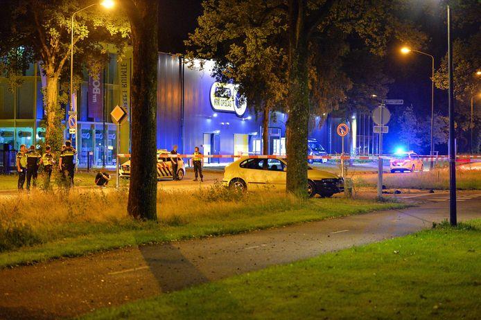 Onderzoek van de politie aan de Kayersdijk, na de aanrijding zaterdagochtend.
