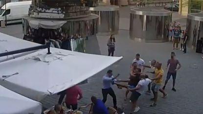 Een van de Nederlanders die in Praag ober schopten, is agent van beroep