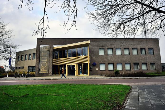 Het oude politiebureau aan de Bosschendijk in Oudenbosch. Archieffoto: Peter van Trijen