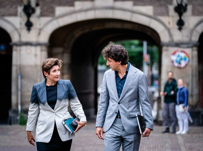 Lilianne Ploumen (PvdA) and Jesse Klaver (GroenLinks) after a conversation with informateur Mariëtte Hamer about the cabinet formation.