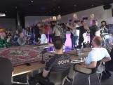 Coronaregels aan laars gelapt bij live-uitzending Go Ahead-talkshow: 'Niet goed te praten'