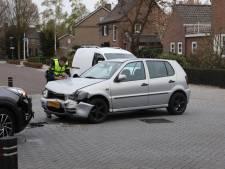 Frontale botsing op kruising in Schijndel