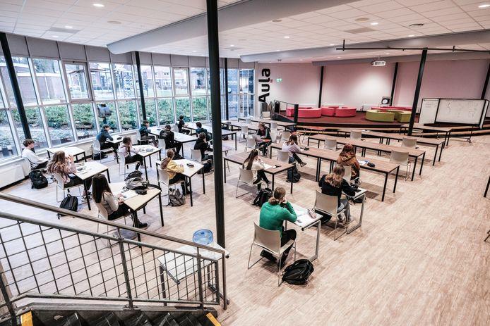 Op het Marianum College in Groenlo en Lichtenvoorde zijn álle vmbo-leerlingen geslaagd.