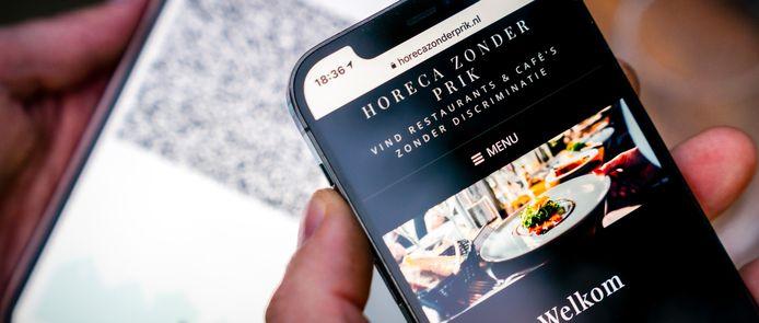 De website Horeca Zonder Prik. Diverse restaurants en cafe's hebben aangekondigd niet te gaan controleren op het coronabewijs vanaf 25 september.