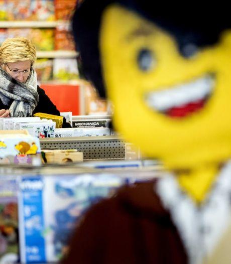 Drukte in winkels Intertoys: iedereen wil cadeaukaart inleveren 'voordat het te laat is'
