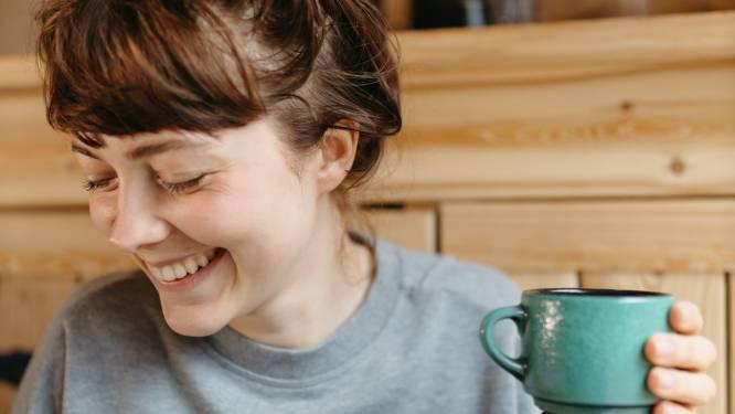 Koffie stimuleert je vetverbranding. Sportarts licht toe hoe dat komt