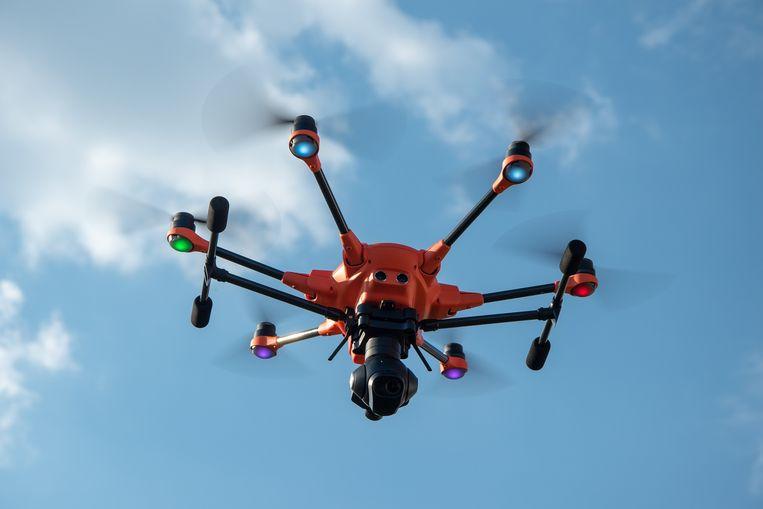 Aan de Technische Universiteit van Lausanne kan je drones besturen zonder je handen te gebruiken. Beeld pixabay