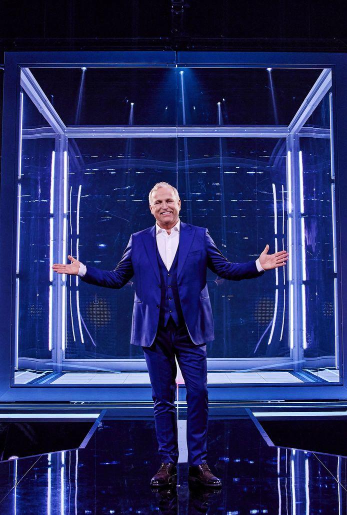Gordon in The Cube