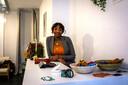 Sanhela s'est directement lancée dans la mode, en tant qu'indépendante, au sortir de l'école.