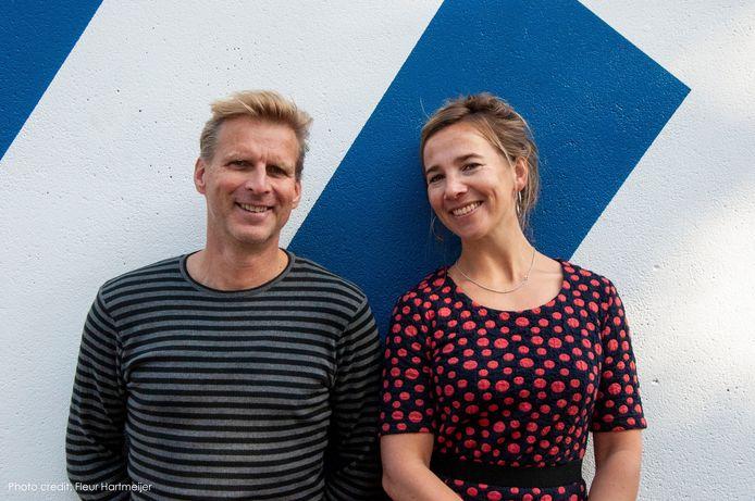 Theatermakers/acteurs Afke Weltevrede en Jeroen Rienks van Onderwater Producties.