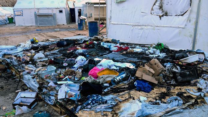 Onlusten In Overvolle Griekse Vluchtelingenkampen Chios