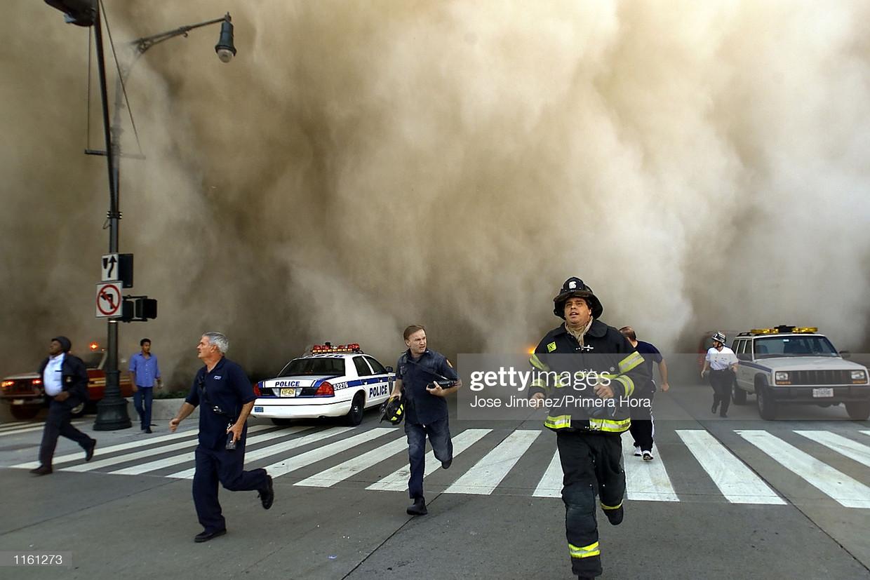 De aanslagen van 11 september 2001 op het World Trade Center. Complottheorieën ontstonden in eerste instantie te linkerzijde. Beeld Getty Images
