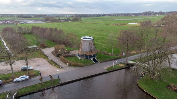 De polder bij Giethoorn kan volgens Gieters Belang ook uitkomst worden voor problematiek rondom loswal.