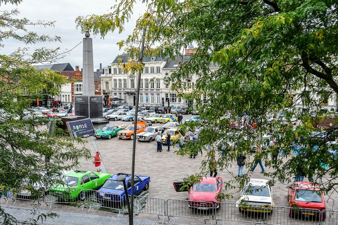 De Grote Markt van Ronse is de startplaats van de Belgian Westhoek Classic, net zoals in 2018 en 2019.