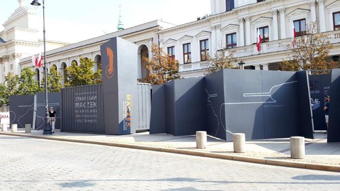 Een mobiele expositie over Generaal Maczek staat deze maand op het Kasteelplein.