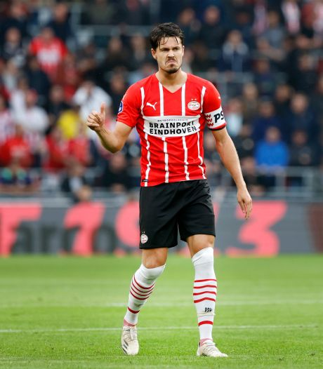 Van Ginkel voelt zich weer écht voetballer bij PSV: 'Kreeg kippenvel toen ik al die fans zag'
