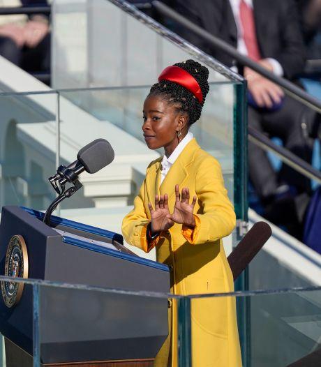 La jeune poétesse afro-américaine Amanda Gorman a fait sensation lors de l'investiture