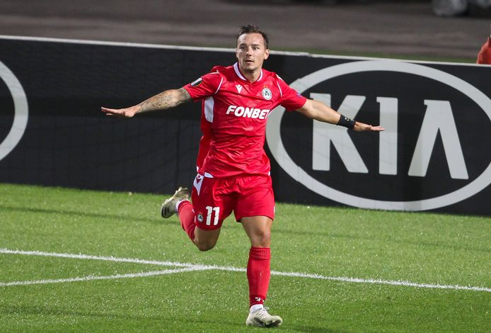 Eric Bauthéac (33) is dit seizoen aardig op schot bij Omonia Nicosia, hij was in de eerste groepswedstrijd al trefzeker tegen PAOK.