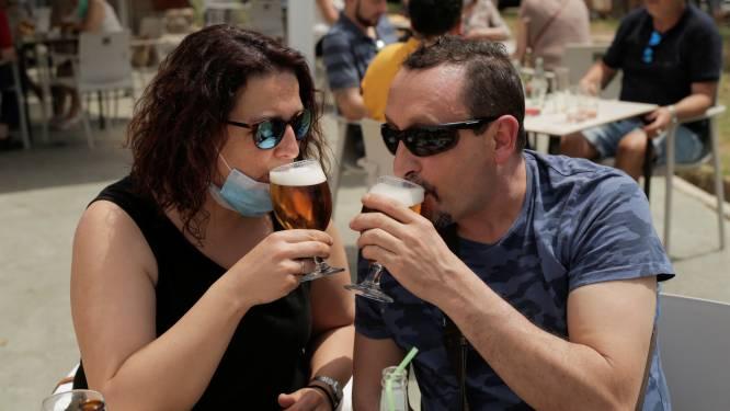 OVERZICHT. Spaanse autonome gemeenschappen beslissen voortaan zelf welke coronamaatregelen van toepassing zijn: welke regels gelden op jouw vakantiebestemming?