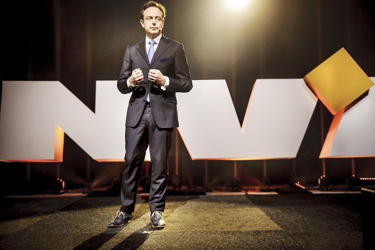 N-VA-voorzitter Bart De Wever heeft Hendrik Vuye ingeschakeld om te bekijken hoe een nieuwe staatshervorming mogelijk gemaakt kan worden. Beeld Eric de Mildt