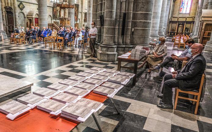 De voorstelling vond plaats in de kathedraal van Ieper.