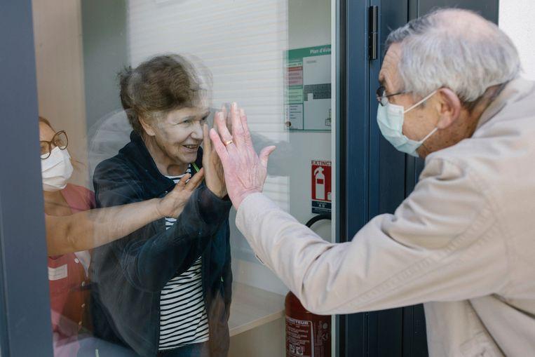 Een van de prijswinnaars van de World Press Photo - die in het teken stonden van de wereldwijde pandemie.  Beeld AP /  Laurence Geai