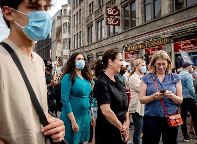 Burgemeester Femke Halsema tijdens het antiracismeprotest in Amsterdam op Tweede Pinksterdag. Beeld ANP