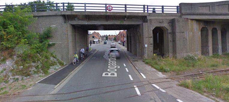 De viaduct in de Bogaardestraat.