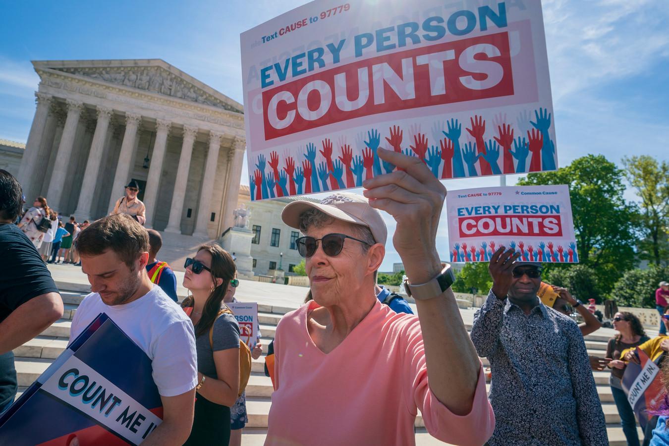 Archiefbeeld. Demonstranten op de treden van het Hooggerechtshof in Washington DC. (23/04/2019)