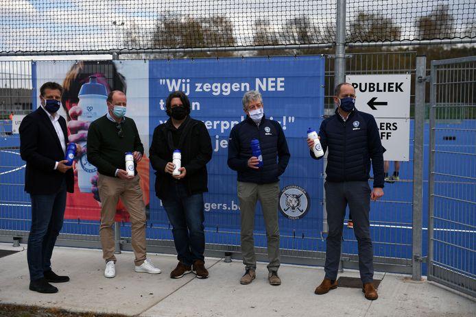 Gemeente en Keerbergse Hockey Tigers zeggen 'neen' tegen wegwerpplastic