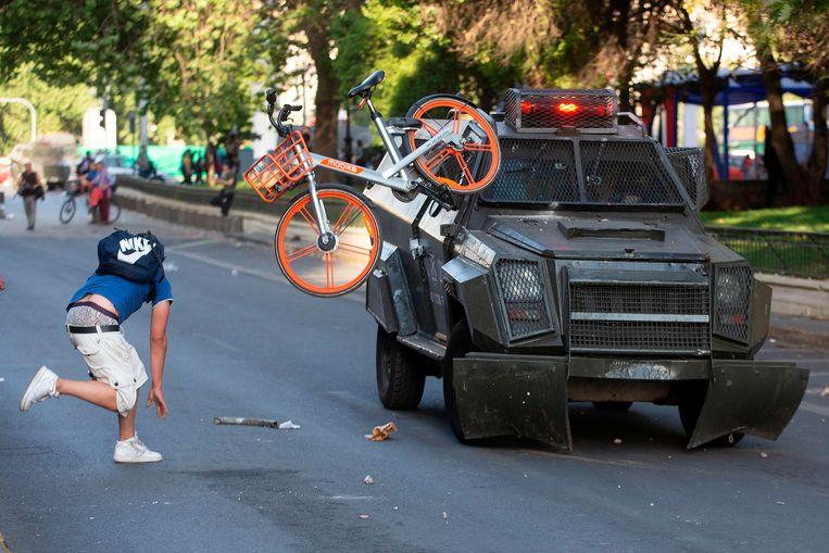In de Chileense hoofdstad Santiago gingen miljoenen mensen de straat op Beeld AFP