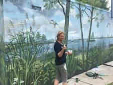 Ivonne geeft ondergekalkt stroomhuisje een metamorfose: met dit prachtige natuurschilderij