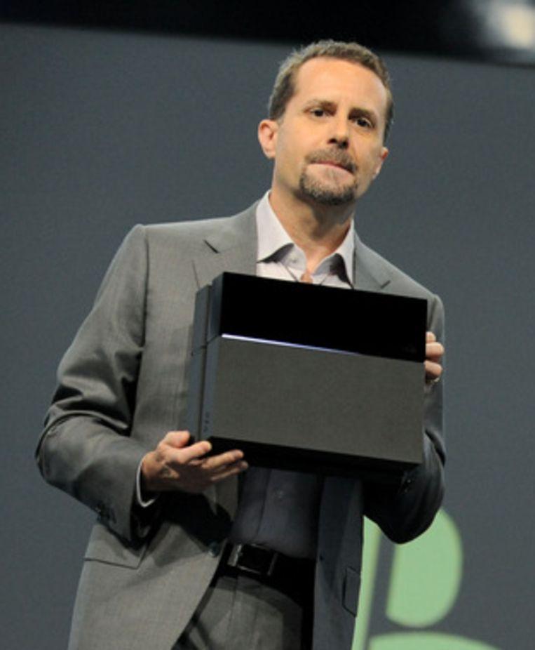 Sony Computer Entertainment-topman Andrew House presenteert de nieuwe console. Beeld AP