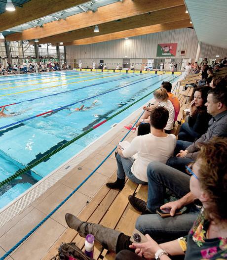 Brabantse gezelligheid die wel degelijk tijd kent bij zwemwedstrijd De Warande
