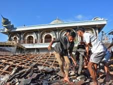 Au moins 91 morts en Indonésie, des centaines de touristes évacués