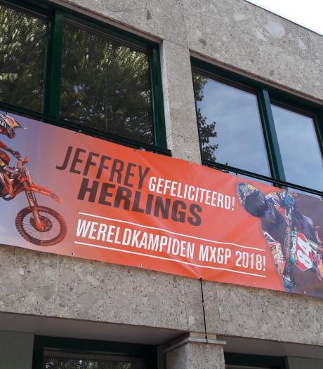 Jeffrey Herlings wellicht in Sint Anthonis gehuldigd