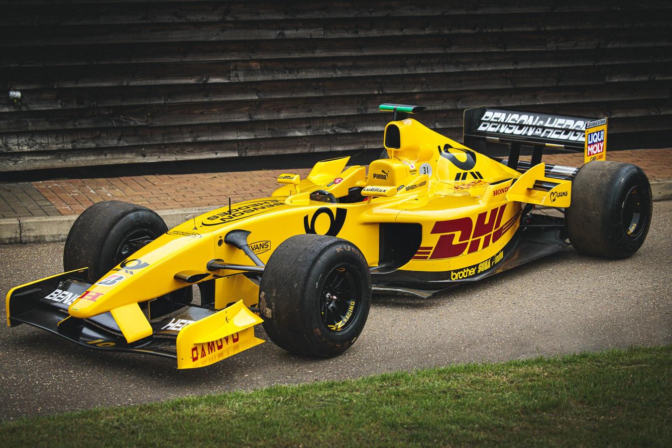 Je kunt je vanaf heden zelf een F1-coureur wanen door te rijden in deze Jordan.